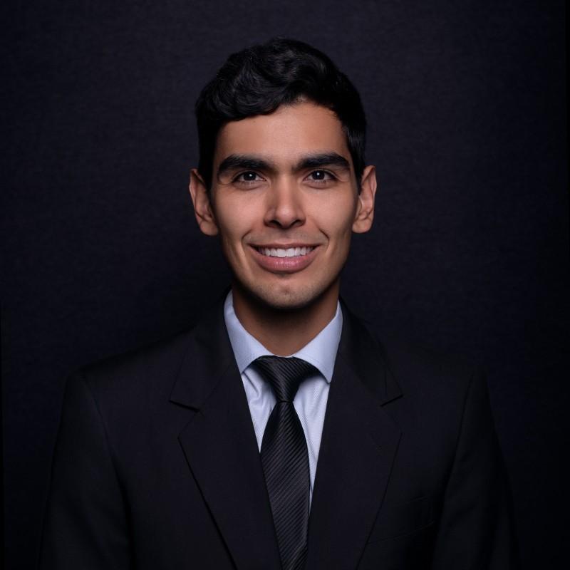 Mario Aguilar Picture