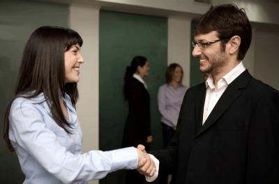 career-fairs-networking-skills-international-students